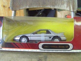 1/18 Pontiac Fiero GT 1985